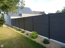 black composite fencng